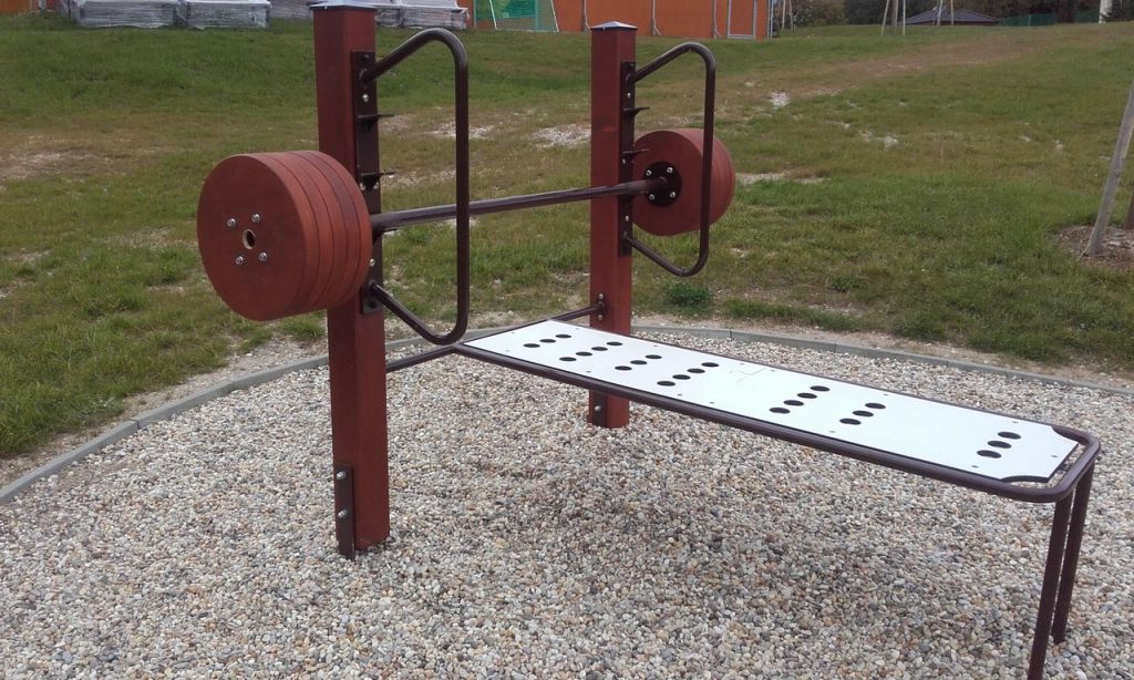 Lavička na Bench press